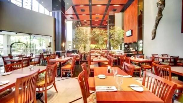 Origens, Restaurante Do Hotel Radisson Vista do interior
