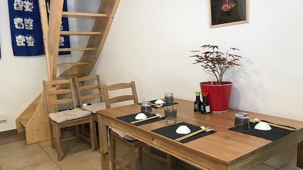 Haru Sushi Bar La table du bas