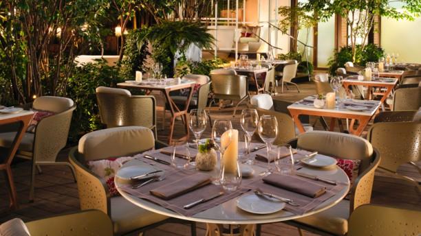 cam lia mandarin oriental paris in paris restaurant reviews menu and prices thefork. Black Bedroom Furniture Sets. Home Design Ideas