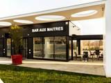 Le Bar Aux Maîtres
