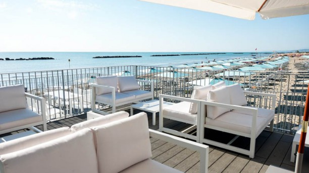 Uma Beach Club Terrazza