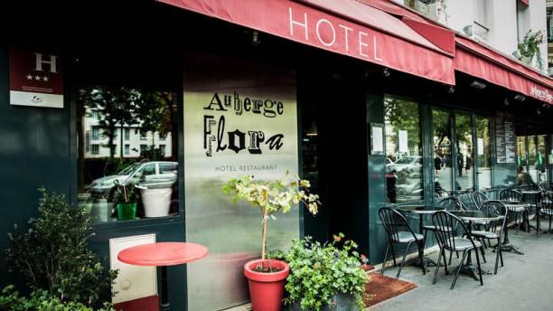 Auberge Flora - Flora Mikula exterieur