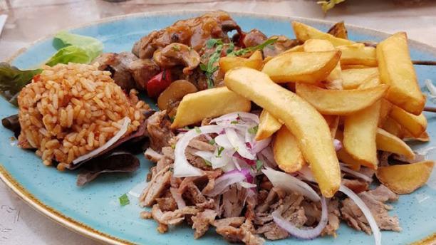 Akropolis food 1