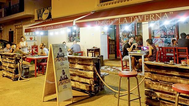 Osteria La Taverna Terraza