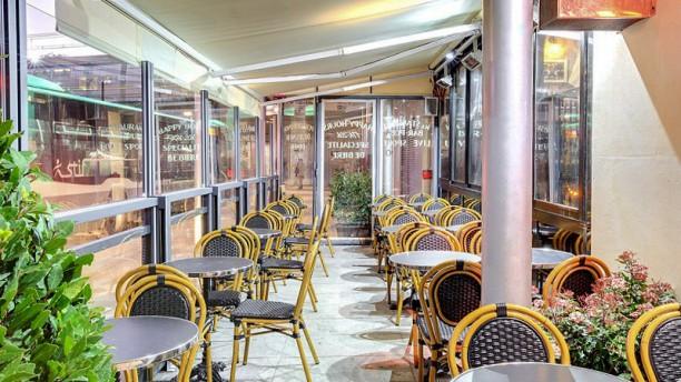 Train Pub La mezzanine