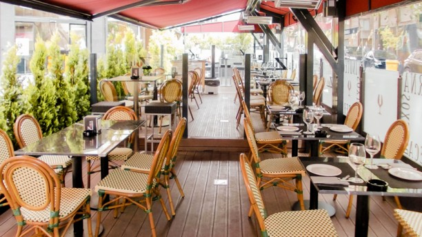 Taberna Zuria terraza