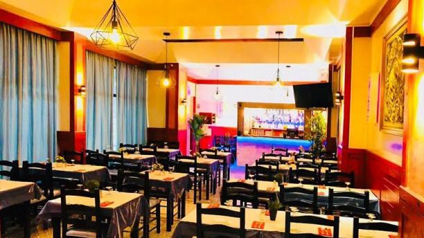Charminar Indian Tandoori Restaurant Sala