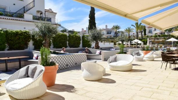 Saudade Restaurante & Bar Esplanada e jardim