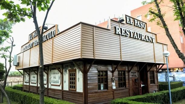 Saloon Bar El Paso Vista entrada