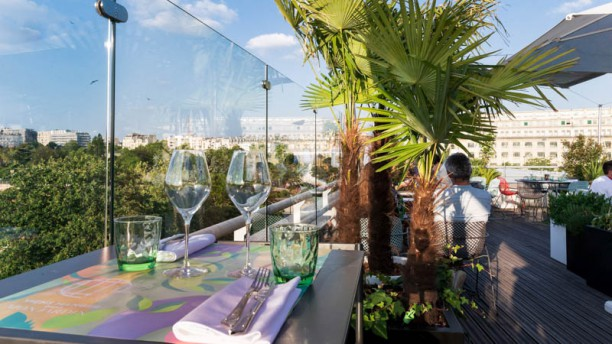 Rooftop Molitor In Paris Restaurant Reviews Menu And Prices Thefork