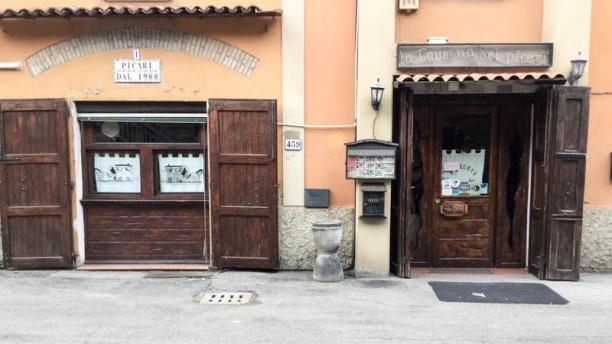 La taverna dei picari entrata