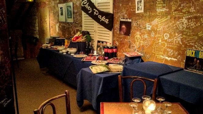Buffet - Chez Papa Jazz Club, Paris