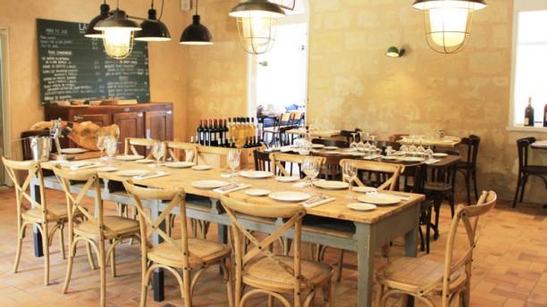 le petit vestiaire restaurant 107 avenue marcel dassault 33700 m rignac adresse horaire. Black Bedroom Furniture Sets. Home Design Ideas