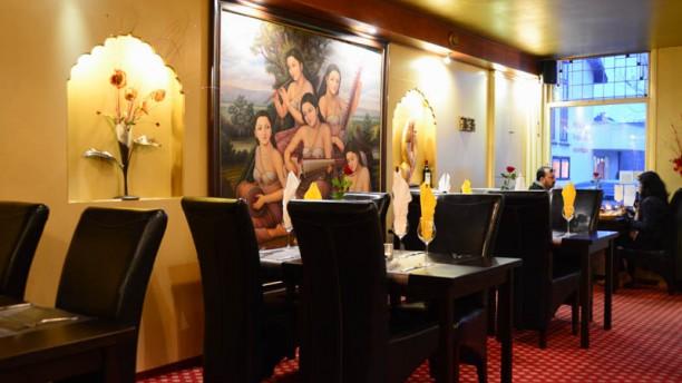 Himalaya Palace Restaurant restaurantzaal