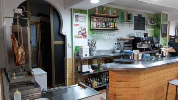 Café bar LOVI Vista de la sala