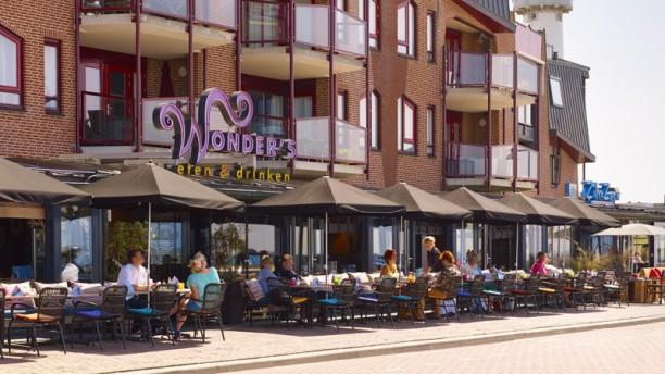 Wonder's Eten & Drinken Het restaurant