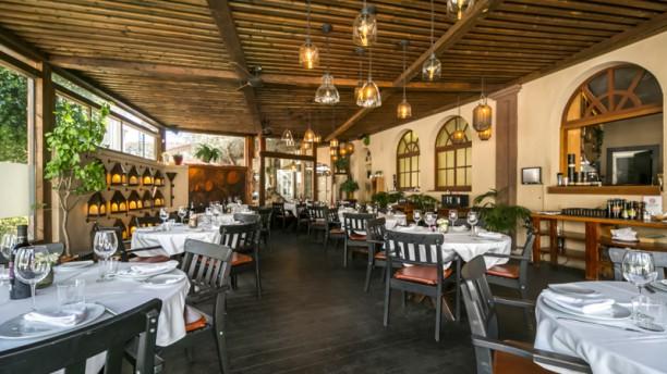Verum - Tapas Bar & Restaurant - El Asador de Málaga Vista Sala