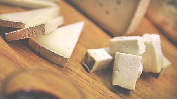 Agriturismo La Valle di Ceri formaggi misti
