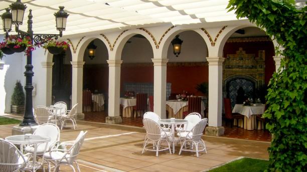 El Casino Vista jardín