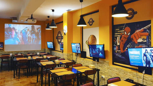 Gamers Burger Vista sala