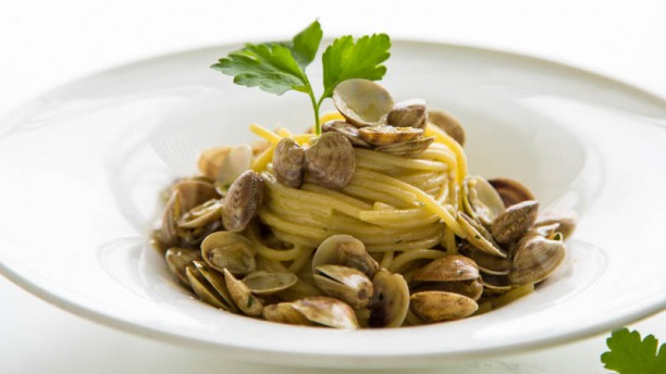 Riviera Spaghettoni Mancini alle vongole
