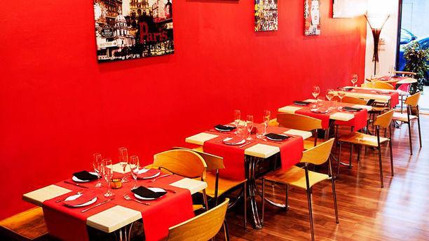 Da Saro Restaurante italiano de decoración moderna y minimalista