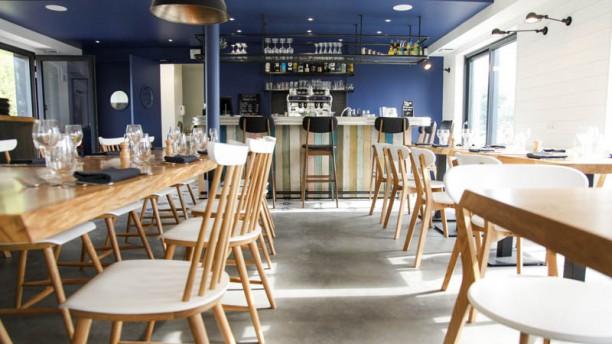 La Table Du Petit Olivier Restaurant Chemin Des Etamieres 78680