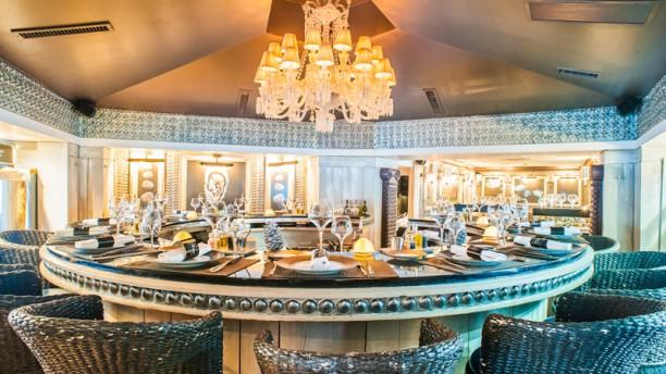 Bar Hu Tres Montparnasse Restaurant 112 Boulevard Du
