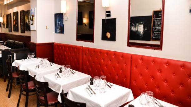 L Oulette Restaurant Paris