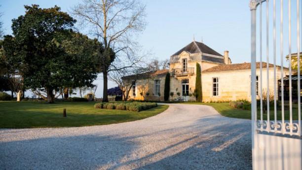 Château Cordeillan Bages Devanture