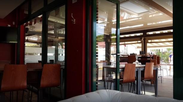 Brasserie Pâris Plage et Jeff Café Salle du restaurant