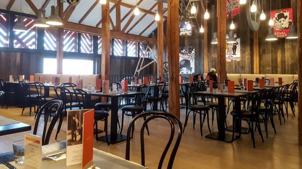 The Tramp Salle de restaurant 1er étage