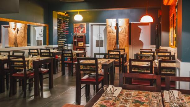 Tapabento Trindade Sala do restaurante