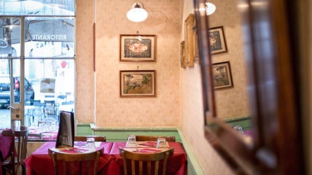 restaurant serafini alla pace rome avis menu et prix. Black Bedroom Furniture Sets. Home Design Ideas