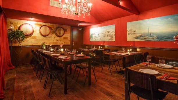 Oresti's taverna Restaurantzaal