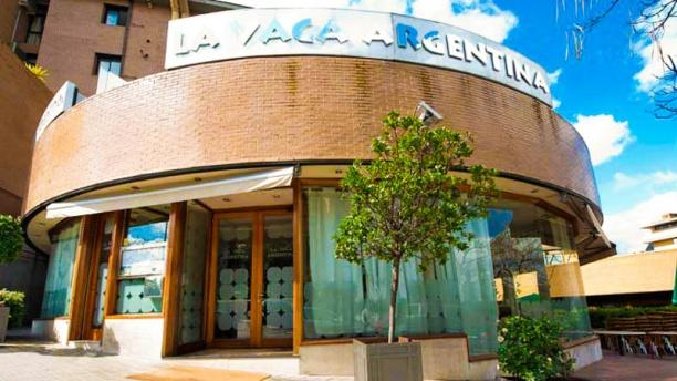 La Vaca Argentina Arturo Soria Vista fachada