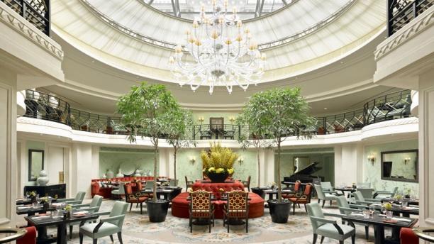 La Bauhinia - Shangri-La Hotel, Paris