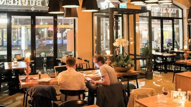 Grand Café Van Buuren restaurantzaal