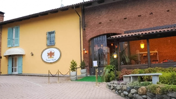 Villa Les Reves a Chieri - Menu, prezzi, immagini, recensioni e ...