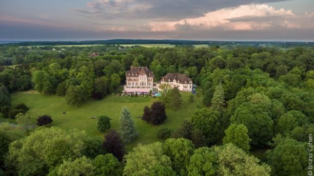 Château de la Tour Le Château vu du ciel
