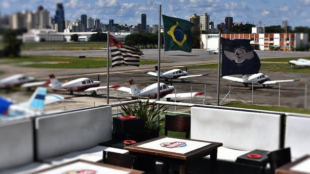 Bar Brahma - Aeroclube - Inativo Deck Panorâmico