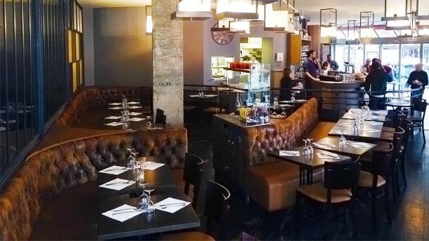 Rue De Montreuil Paris Restaurant