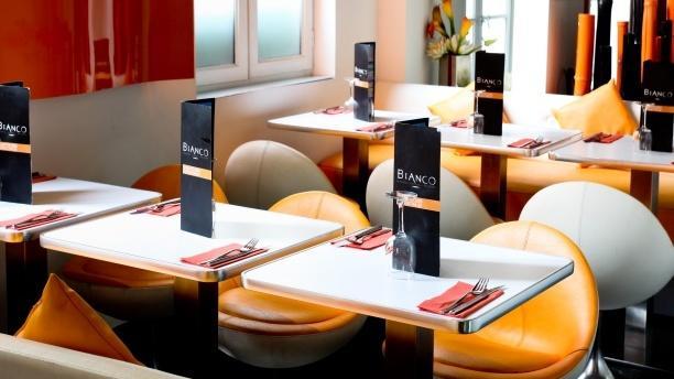 Bianco Tables dressées