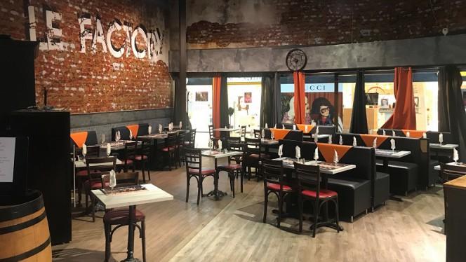 Le Factory - Restaurant - Corbeil-Essonnes
