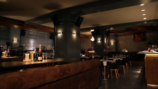 Las nimas gastroclub in valencia restaurant reviews for Animas room valencia