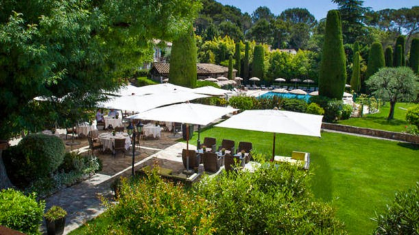 Restaurant le jardin h tel de mougins mougins 06250 for Cafe jardin menu