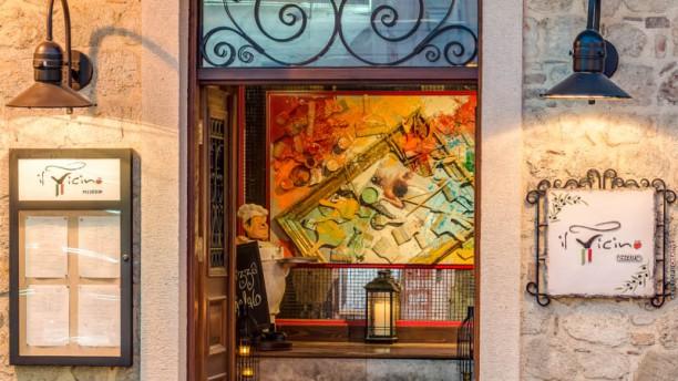 Il Vicino Pizzeria Entrance