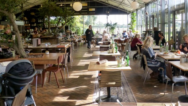 Buitenplaats Plantage Het restaurant