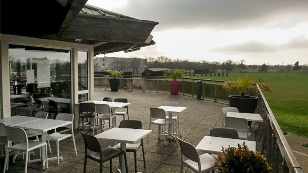 Restaurant du Golf du Grand Lyon Chassieu La Terrasse