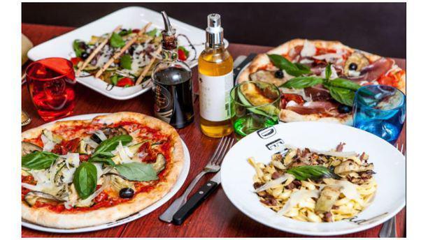 Rigoletto Restaurant 12 Rue Chef De Ville 17000 La Rochelle